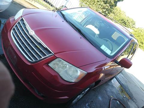 2008 Chrysler Town and Country for sale in Pico Rivera, CA