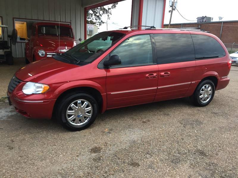 2005 Chrysler Town and Country Limited 4dr Extended Mini-Van - Forrest City AR