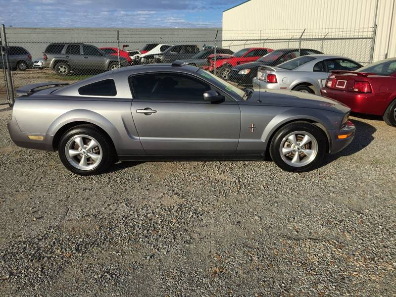 2006 Ford Mustang V6 Deluxe 2dr Coupe - Forrest City AR