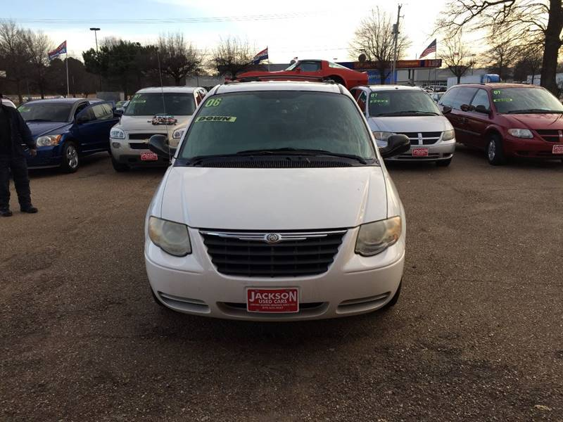 2006 Chrysler Town and Country Touring 4dr Extended Mini-Van - Forrest City AR