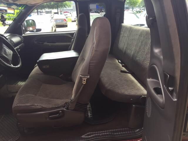 2001 Dodge Ram Pickup 1500 4dr Quad Cab SLT 2WD SB - Forrest City AR