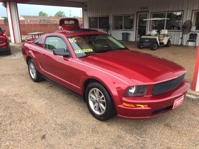 2005 Ford Mustang Deluxe 2dr Coupe - Forrest City AR