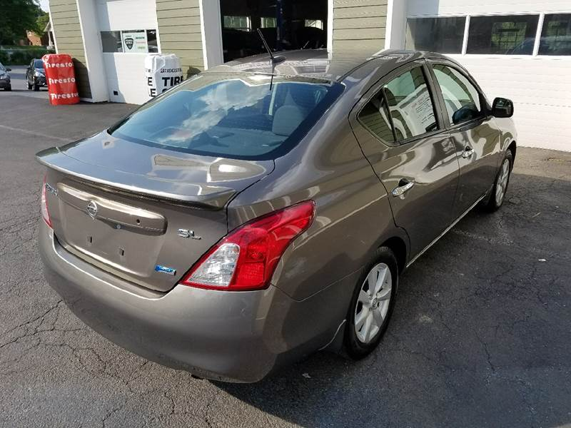 2012 Nissan Versa 1.6 SL 4dr Sedan - New Cumberland PA