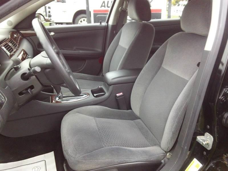2007 Chevrolet Impala LS 4dr Sedan w/ roof rail curtain delete - Bellevue OH