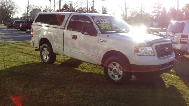 2004 Ford F-150 2dr Regular Cab STX Rwd Styleside 6.5 ft. SB - Bellevue OH