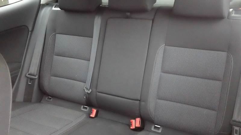 2012 Volkswagen Golf 2.5L 2dr Hatchback 6A - Bellevue OH