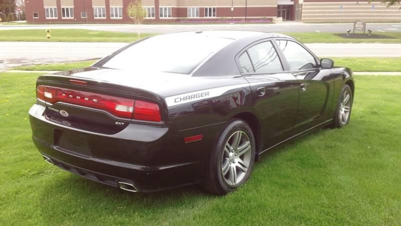 2014 Dodge Charger SXT Plus 4dr Sedan - Bellevue OH