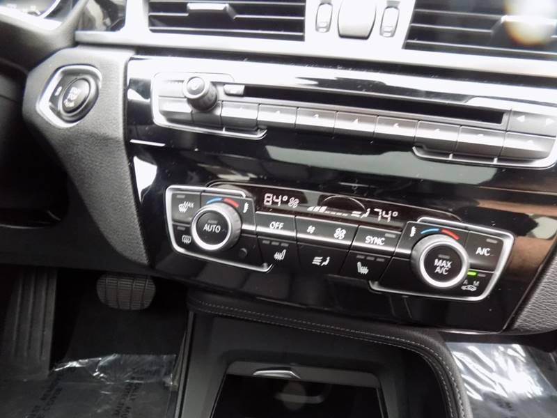 2017 BMW X1 xDrive28i (image 14)