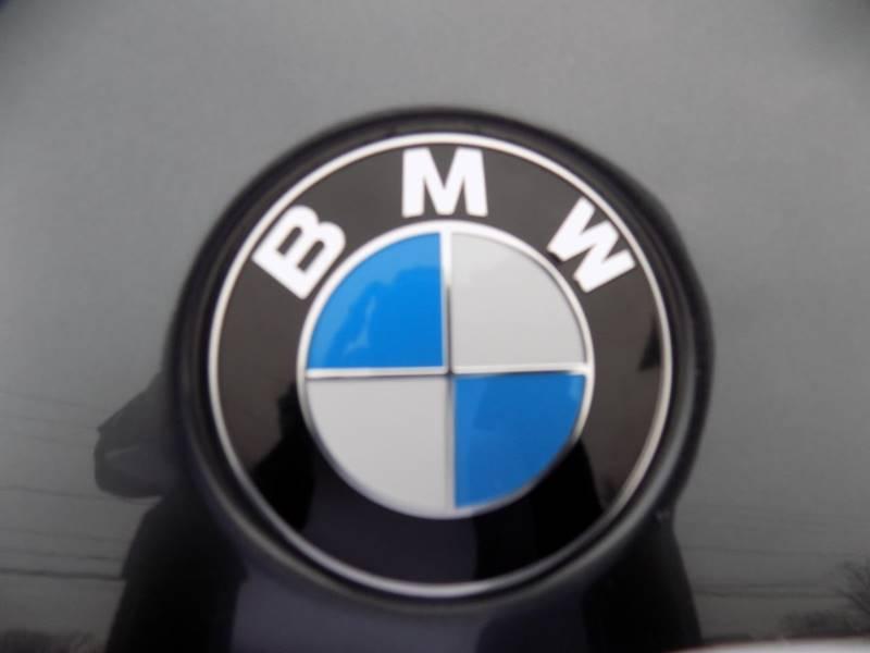 2017 BMW X1 xDrive28i (image 15)