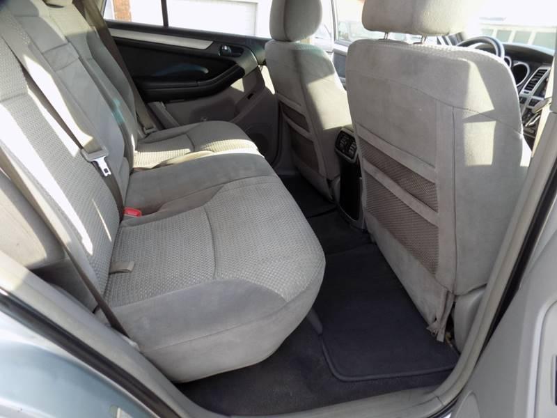 2003 Toyota 4Runner SR5 (image 8)