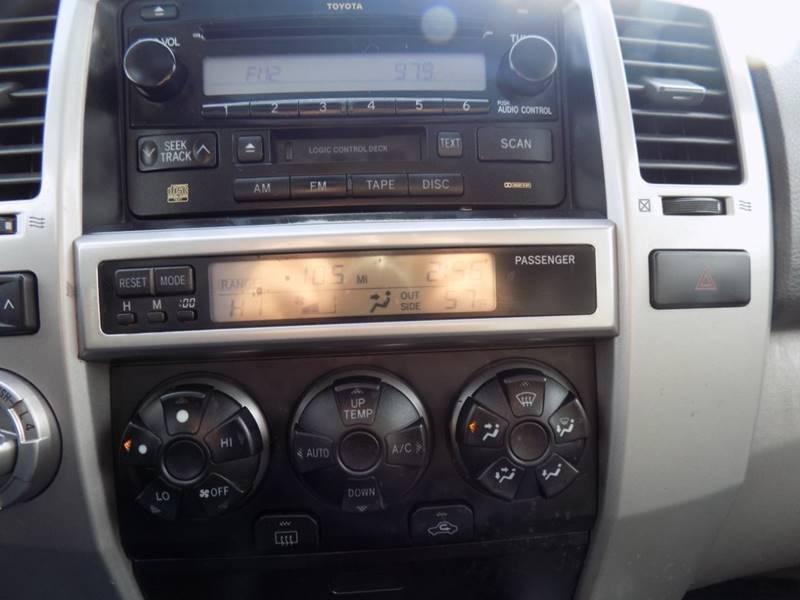 2003 Toyota 4Runner SR5 (image 11)