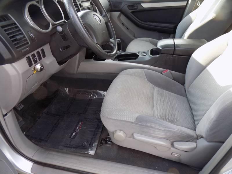 2003 Toyota 4Runner SR5 (image 18)
