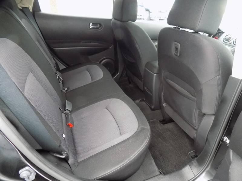 2012 Nissan Rogue SV (image 8)