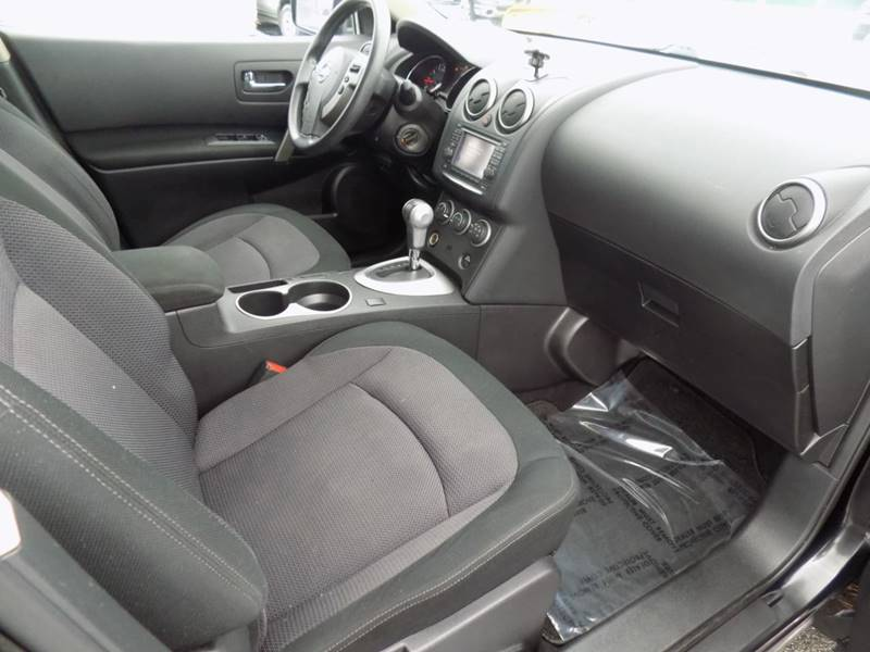 2012 Nissan Rogue SV (image 9)