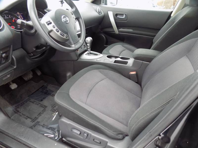 2012 Nissan Rogue SV (image 12)