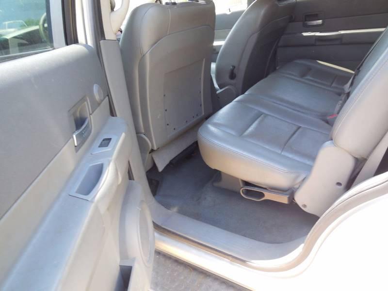 2005 Dodge Durango SLT 4WD 4dr SUV w/ Front, Rear and Third Row Head Airbags - Barnett MO
