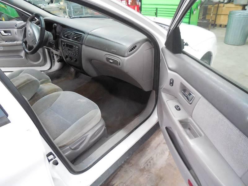 2000 Ford Taurus SES 4dr Sedan - Barnett MO