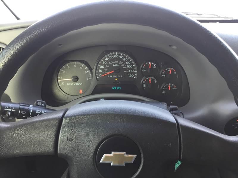 2007 Chevrolet Trailblazer LS 4dr SUV 4WD In Kranzburg SD - Town