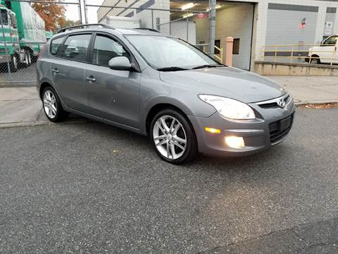2010 Hyundai Elantra Touring for sale at O A Auto Sale - O & A Auto Sale in Paterson NJ