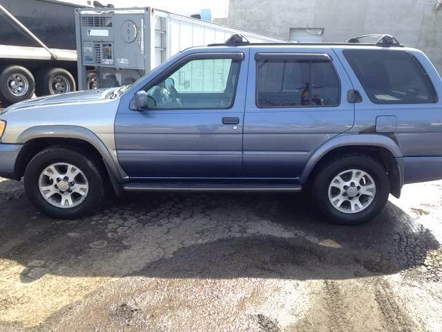 2000 Nissan Pathfinder 4dr LE 4WD SUV In Paterson NJ - O A