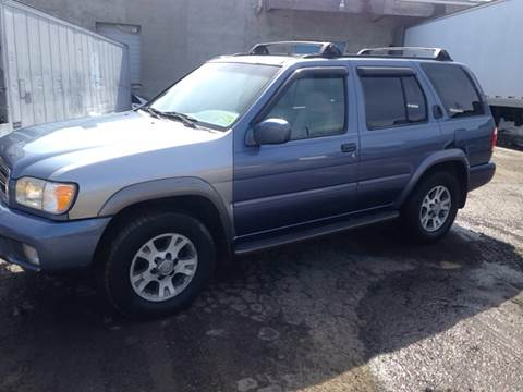 2000 Nissan Pathfinder for sale at O A Auto Sale in Paterson NJ