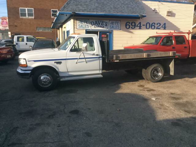 1995 Ford F-350 for sale at Dave's Garage & Auto Sales in East Peoria IL