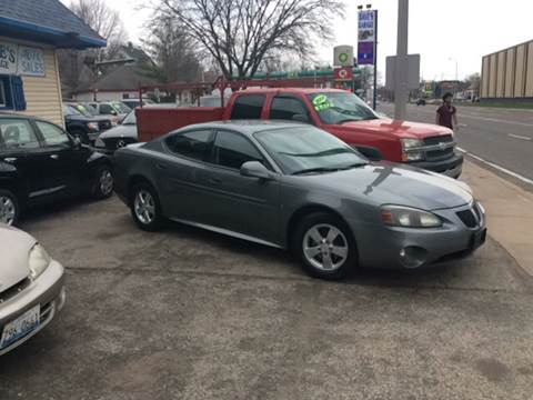 2008 Pontiac Grand Prix for sale at Dave's Garage & Auto Sales in East Peoria IL