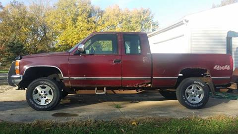 1994 Chevrolet C/K 2500 Series for sale at Dave's Garage & Auto Sales in East Peoria IL
