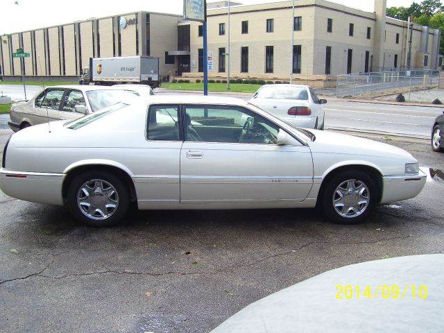1997 cadillac eldorado peoria il peoria illinois coupe vehicles for sale classified ads. Black Bedroom Furniture Sets. Home Design Ideas
