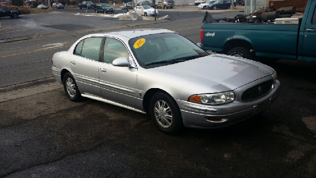 2002 Buick LeSabre for sale at Dave's Garage & Auto Sales in East Peoria IL