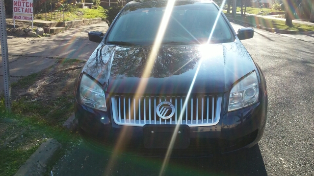 2007 Mercury Milan for sale at Dave's Garage & Auto Sales in East Peoria IL