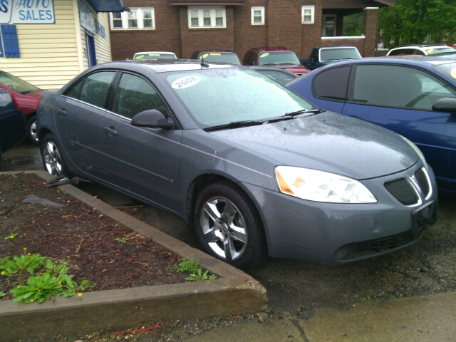 2008 Pontiac G6 for sale at Dave's Garage & Auto Sales in East Peoria IL