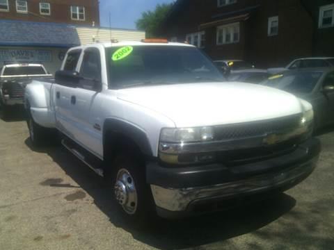 2002 Chevrolet Silverado 3500 for sale at Dave's Garage & Auto Sales in East Peoria IL