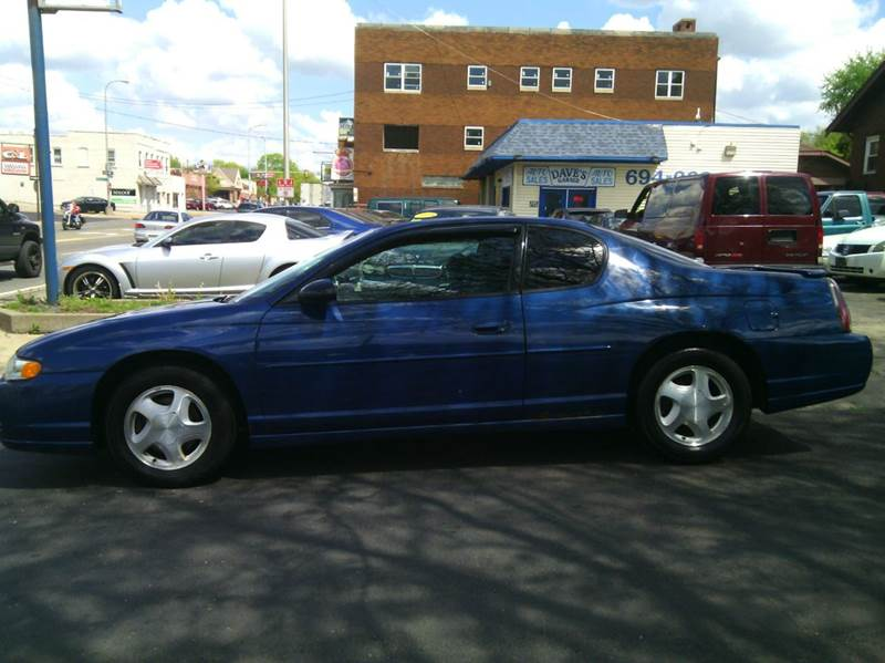 2003 Chevrolet Monte Carlo for sale at Dave's Garage & Auto Sales in East Peoria IL