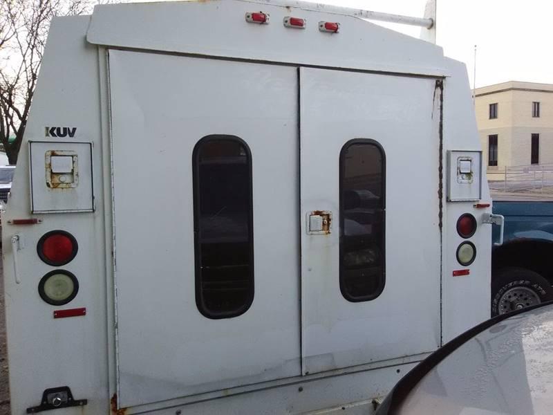 2003 GMC Savana Cargo  - Peoria IL