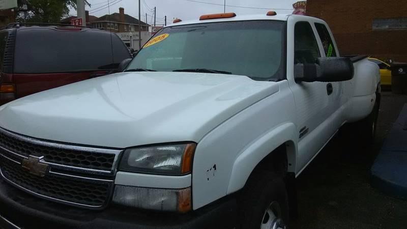 2005 Chevrolet Silverado 3500 4dr Extended Cab LS Rwd LB DRW - Peoria IL