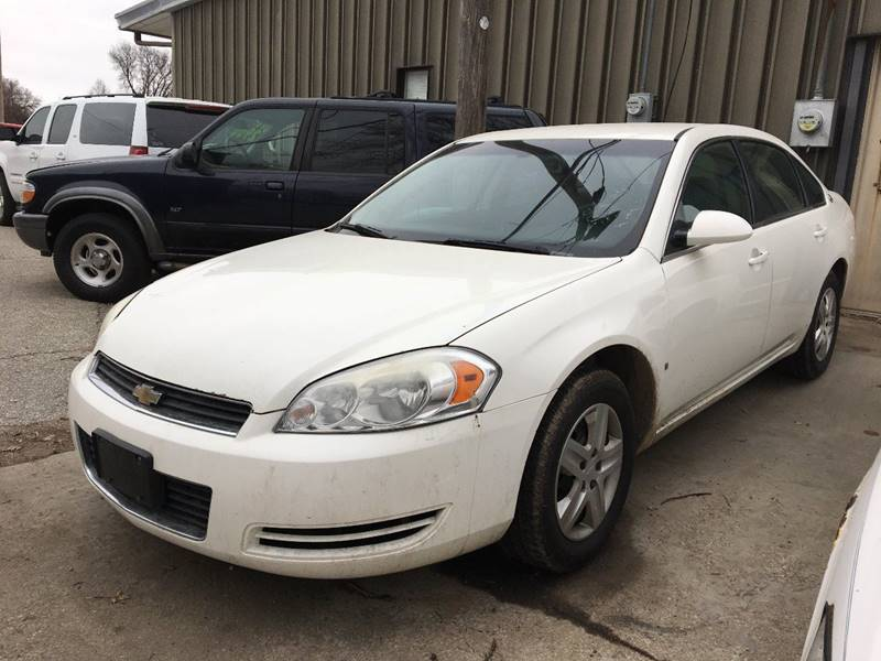 2008 Chevrolet Impala LS (image 2)