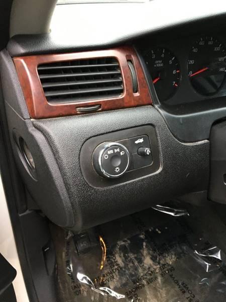 2008 Chevrolet Impala LS (image 6)