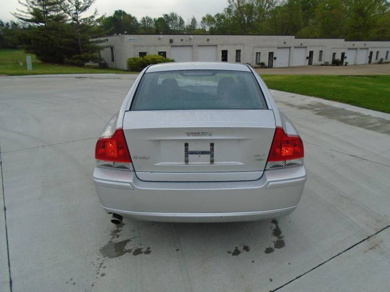 2007 Volvo S60 AWD 2.5T 4dr Sedan - Warrensville Heights OH