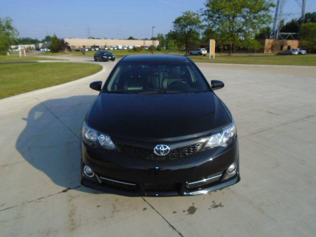 2014 Toyota Camry SE 4dr Sedan - Warrensville Heights OH