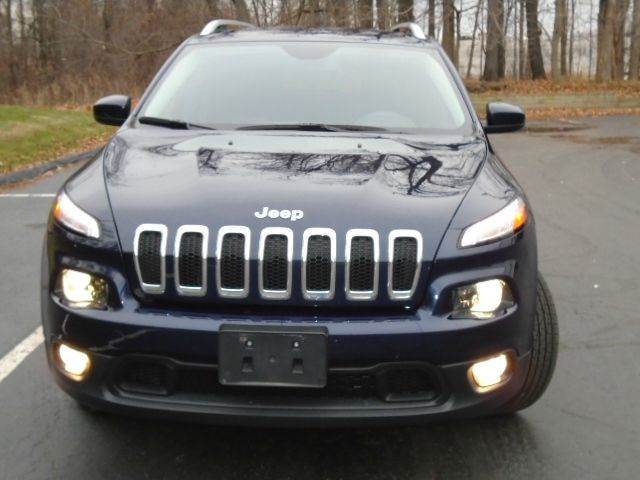 2014 Jeep Cherokee for sale at Lease Car Sales 2 in Warrensville Heights OH