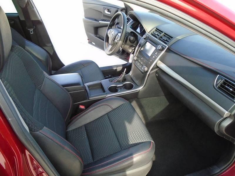 2015 Toyota Camry SE 4dr Sedan - Warrensville Heights OH