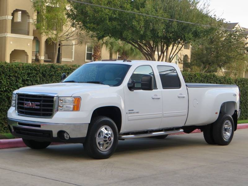 2008 GMC Sierra 3500HD for sale at RBP Automotive Inc. in Houston TX