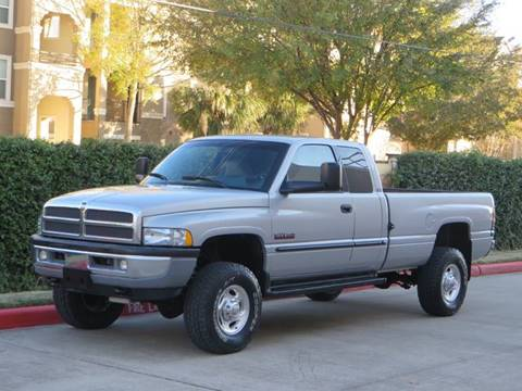 2000 Dodge Ram Pickup 2500 for sale at RBP Automotive Inc. in Houston TX