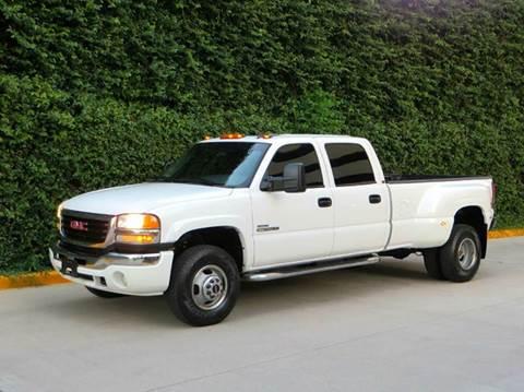 2006 GMC Sierra 3500 for sale at RBP Automotive Inc. in Houston TX