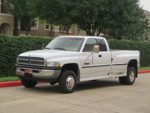 1999 Dodge Ram Pickup 3500 for sale at RBP Automotive Inc. in Houston TX