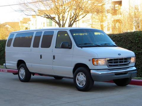 2000 Ford E-350 for sale at RBP Automotive Inc. in Houston TX