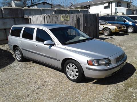 2002 Volvo V70 for sale at BBC Motors INC in Fenton MO