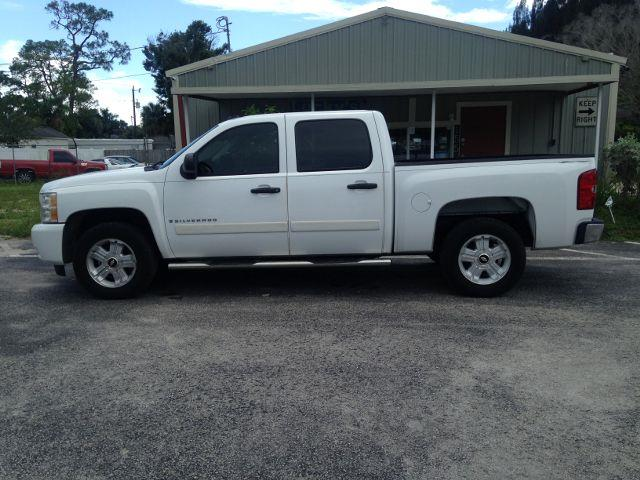 2007 Chevrolet Silverado 1500 LT Pickup 4D 5 3/4 ft - North Fort Myers FL