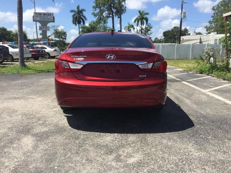 2011 Hyundai Sonata Limited Sedan 4D - North Fort Myers FL